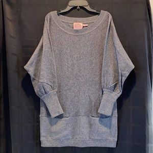 Wool/cotton/cashmere sweater